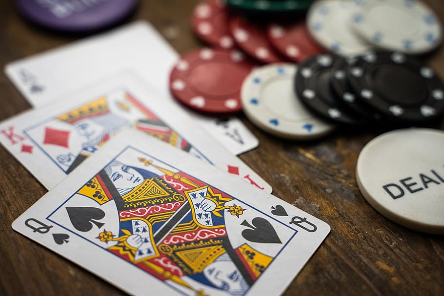 PlayingCasinoOnline: The Best Sites and Strategy to Choose